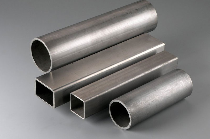Welded Steel Pipes : Steel tubes manufacturer seamless welded